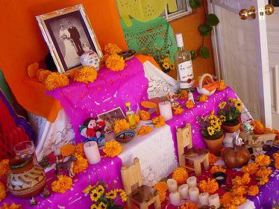 Origen Y Significado Del Altar De Muertos Las Tres Y Un Cuarto