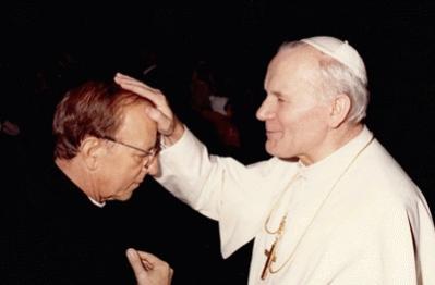 El Papa debería desaparecer congregación de los Legionarios de Cristo: especialistas